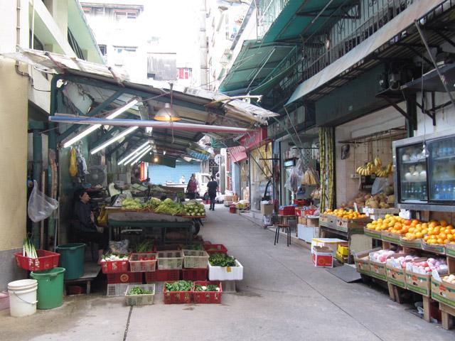 Hawker Area near Horta e Mitra Market