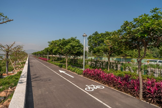 Leisure Area on Taipa Waterfront(Cycle Track)