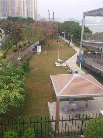 Dog Park in Avenida da Ponte da Amizade (next to Reservatório Park)