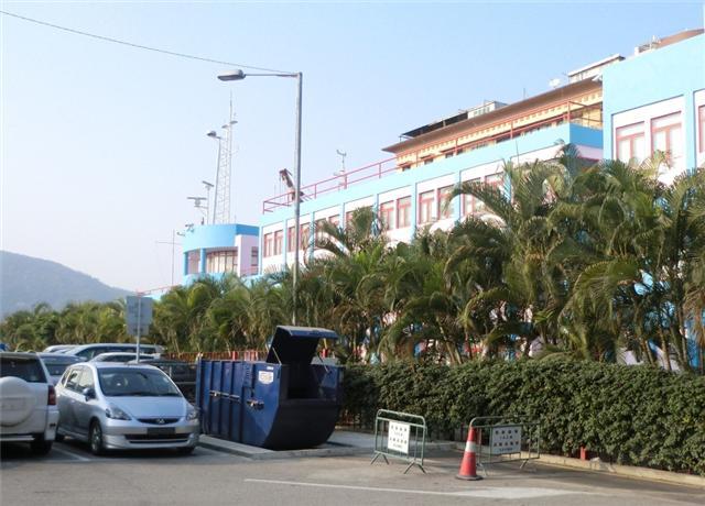 M36 Compacting trash bin at Rua do Almirante Sérgio(next to the Maritime Training School)