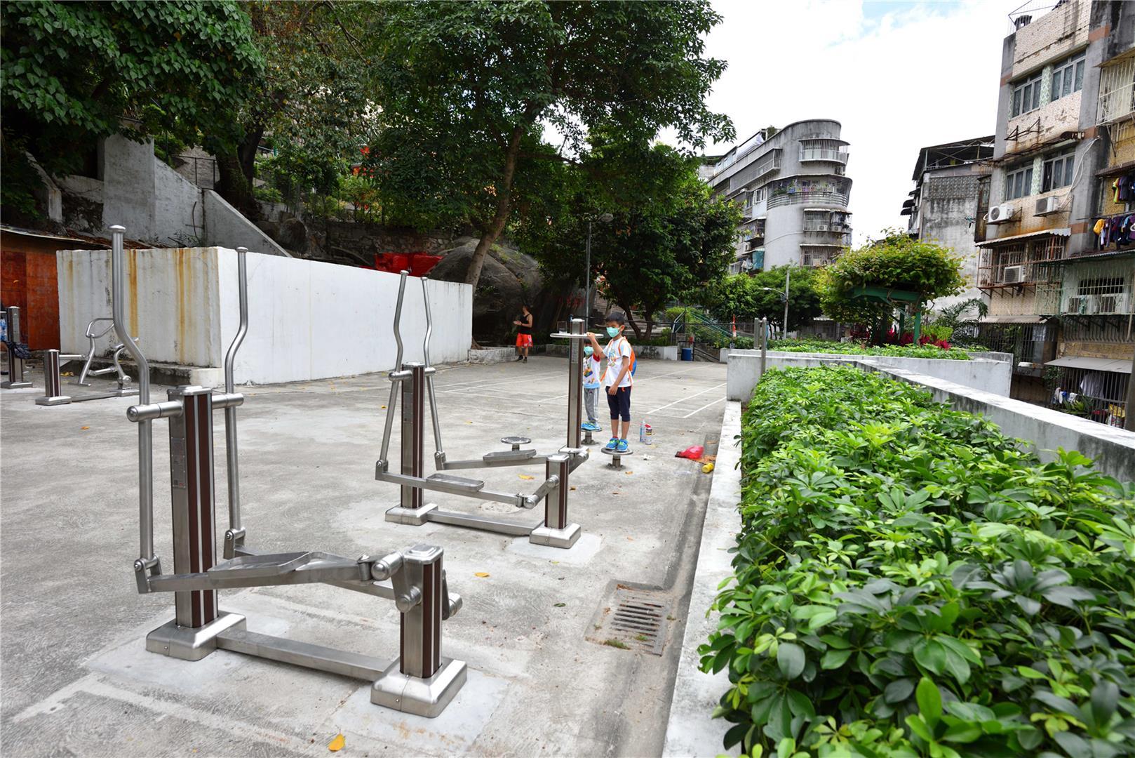Leisure Area of Monkey King Temple in Luís de Camões Park