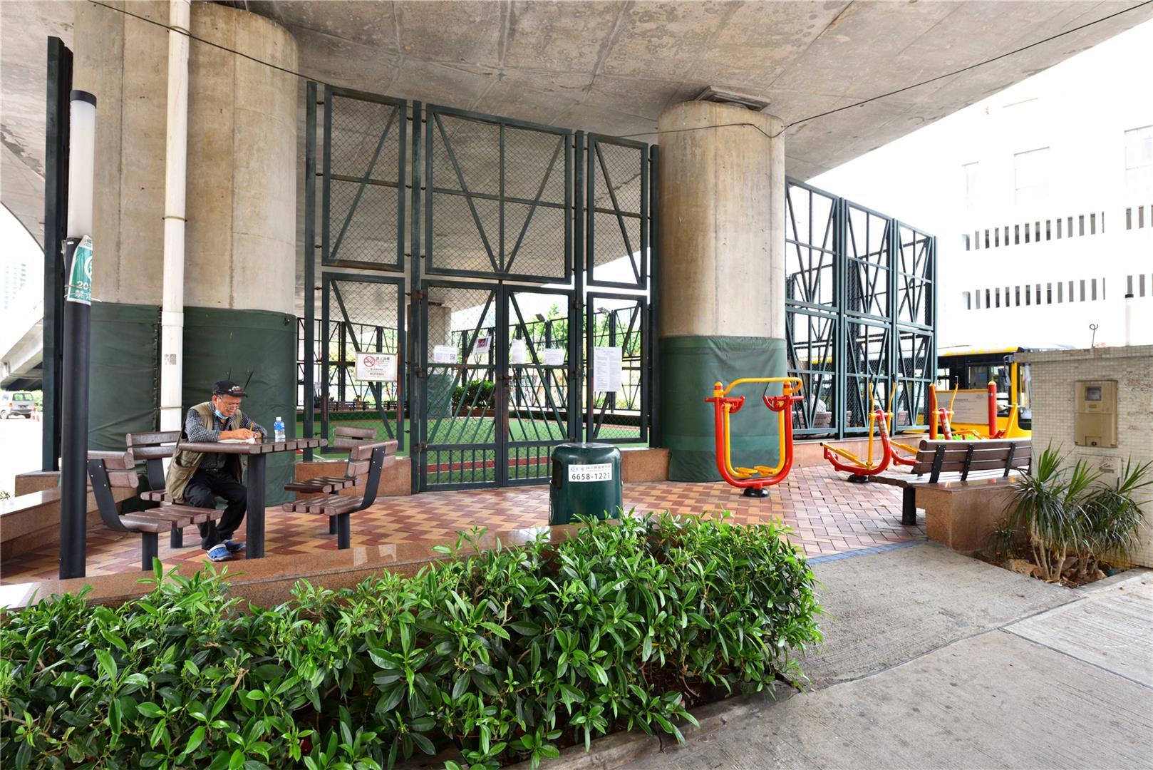 Leisure Area in Rua Norte do Patane