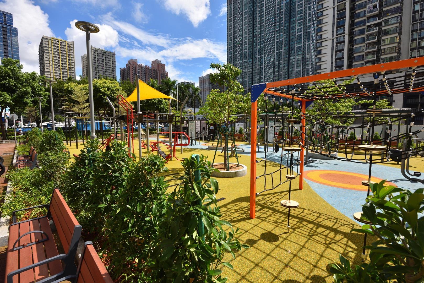 Temporary Municipal Leisure Area (Doca do Lam Mau)
