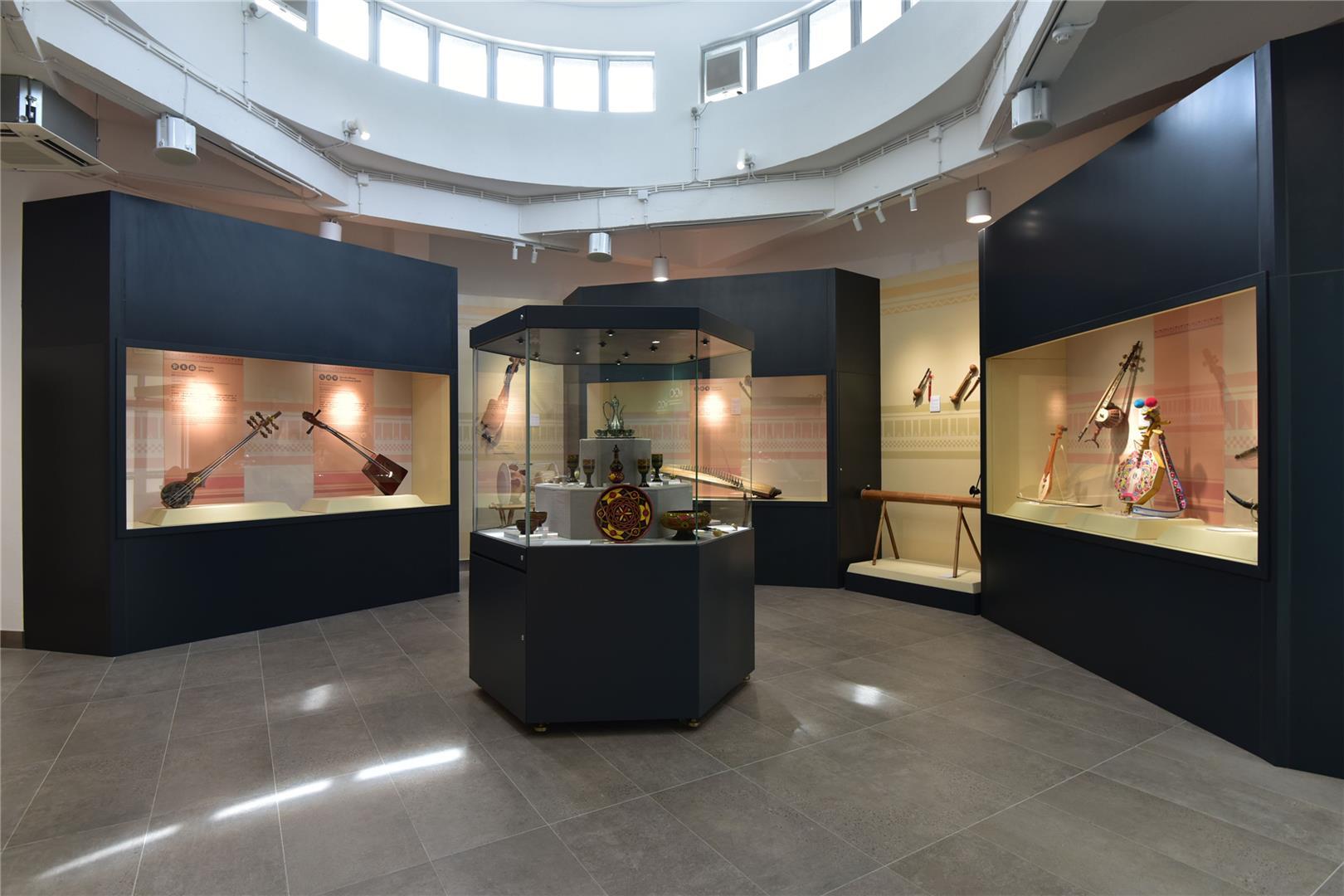 中华民族雕塑园展览馆本期展览至十月四日